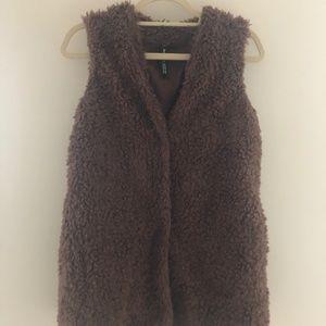 Design Lab Brown Faux Fur Vest Small H30